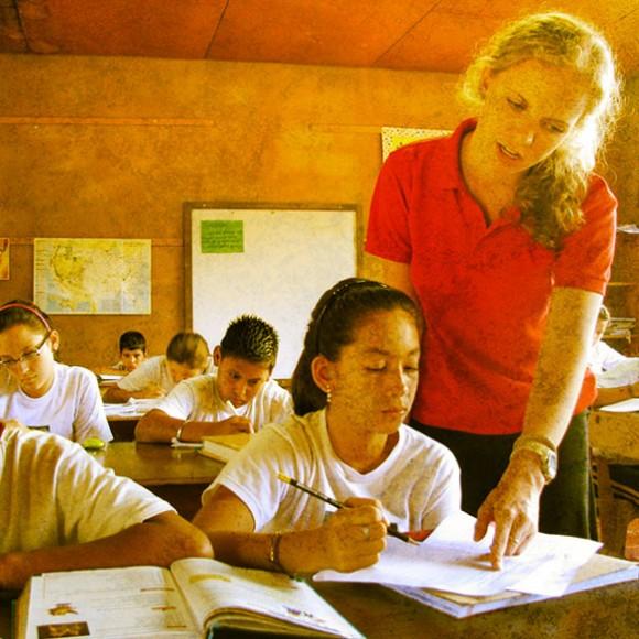 Teacher_585x585